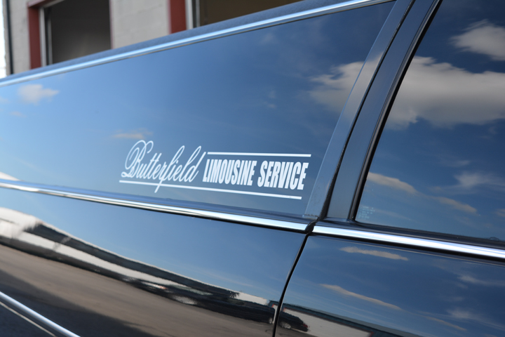 Prom Limo Service in Windsor-Essex